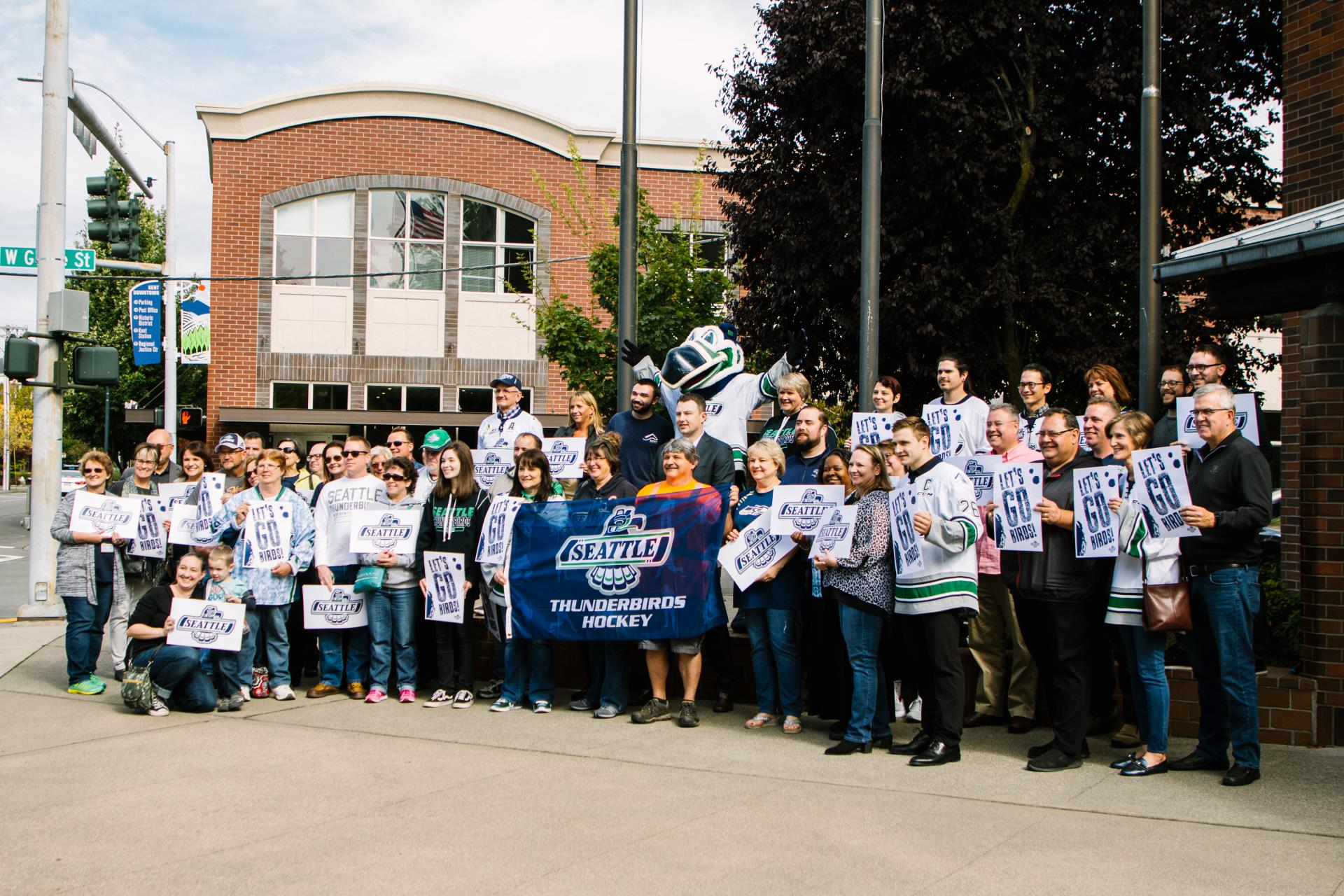 Join us September 20, 2019 to cheer on the Seattle Thunderbirds before their home opener on Saturday.