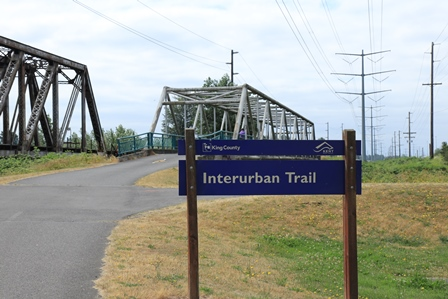 Foster Park IU Trail sign and bridge
