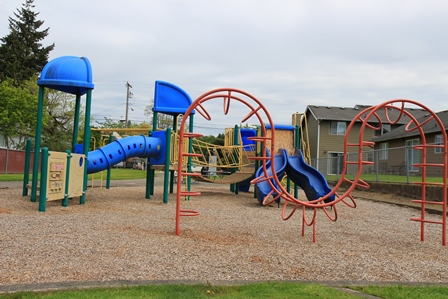 Kiwanis #4 play equipment