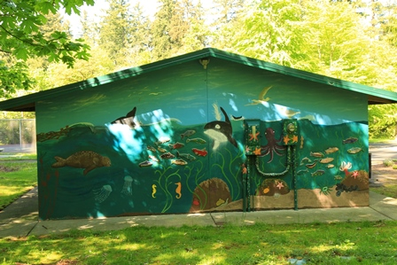 Scenic Hill shelter sea life mural