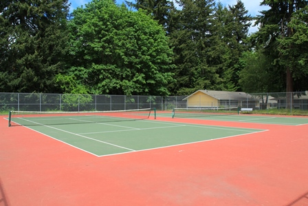 Turnkey tennis court